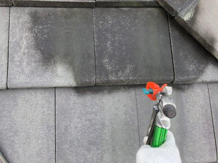 ⑧屋根下塗り 一回目
