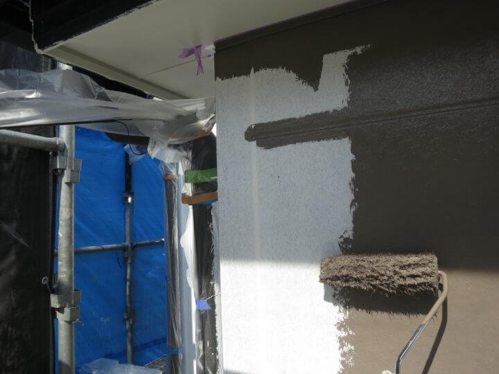 外壁上塗り 一回目