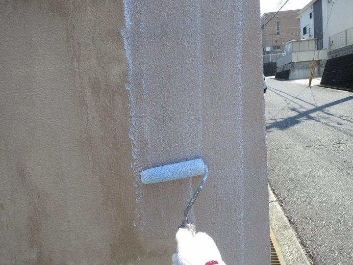 ⑫外塀下塗り