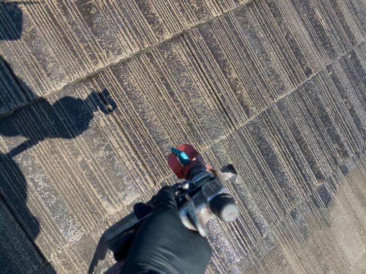 ⑤屋根下塗り 二回目