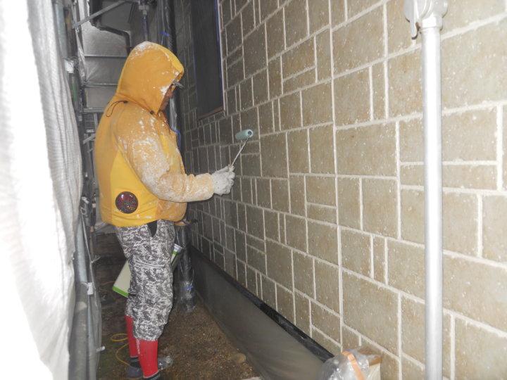 ⑩一階外壁上塗り 一回目