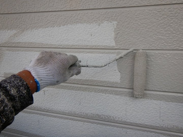 ⑫外壁上塗り 一回目