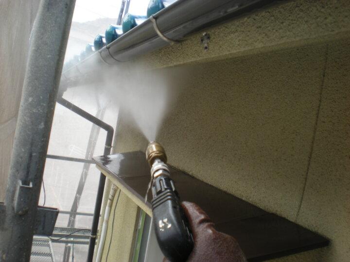 ①高圧洗浄