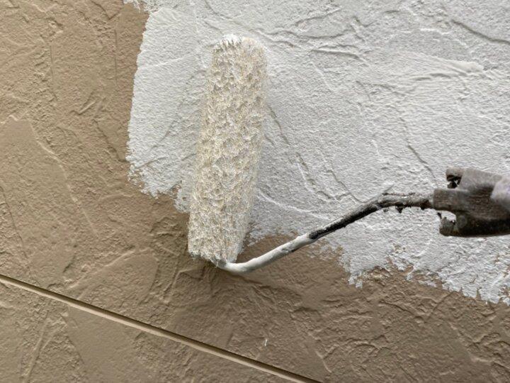 ⑫外壁下塗り