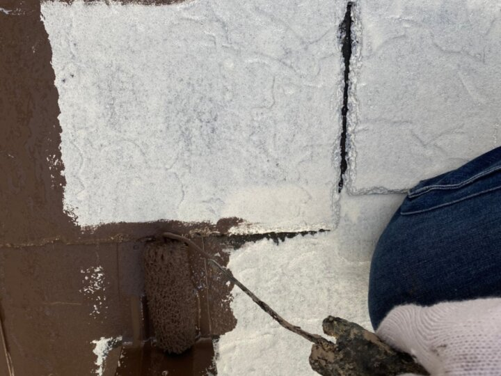 ⑧屋根上塗り 一回目