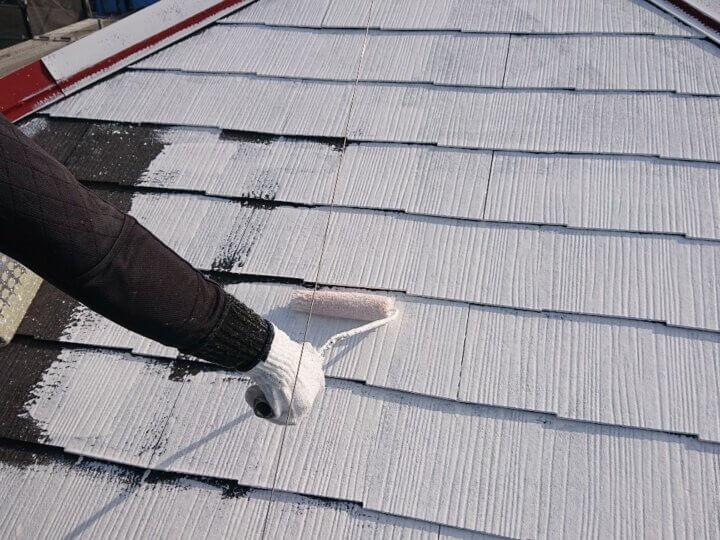 ⑧屋根下塗り