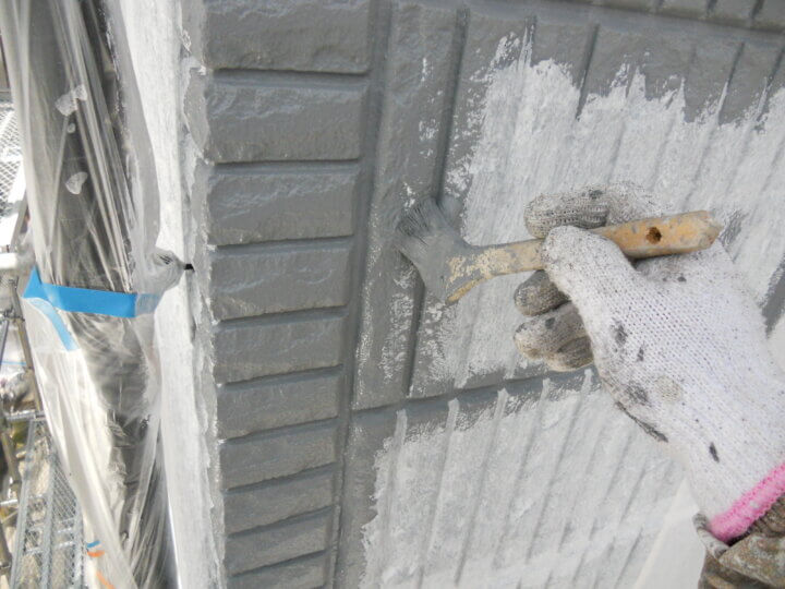 ⑰外壁中塗り