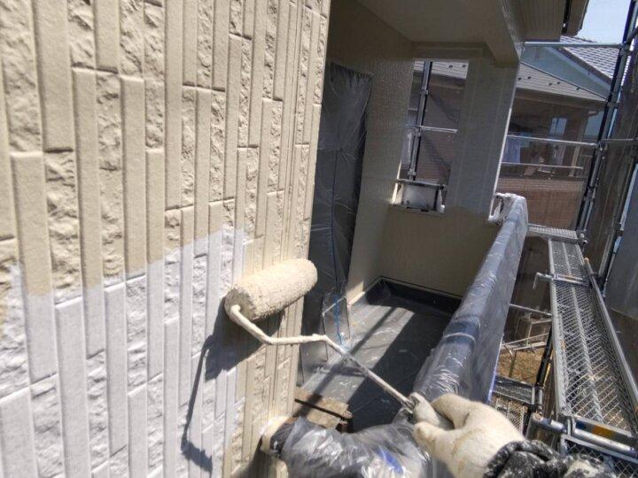 ⑱外壁上塗り一回目(SR-175)