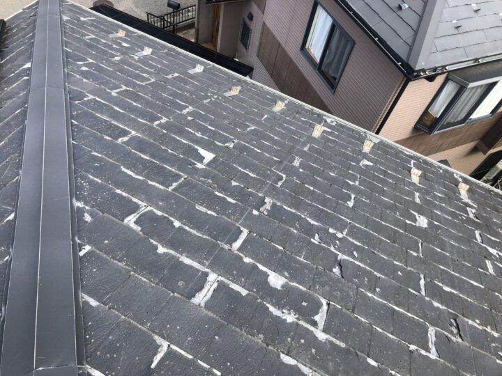 ①既存瓦撤去(屋根葺き替え工事)