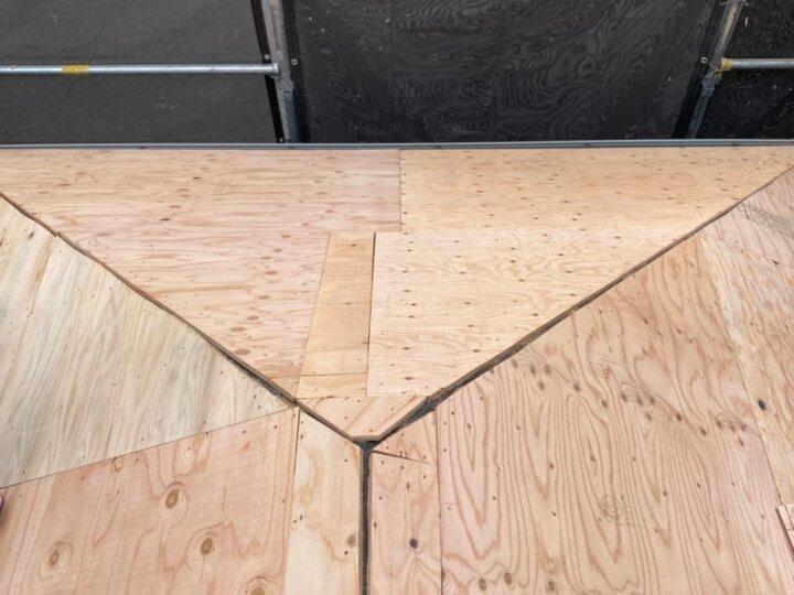 ②屋根野地板貼り付け(屋根葺き替え工事)