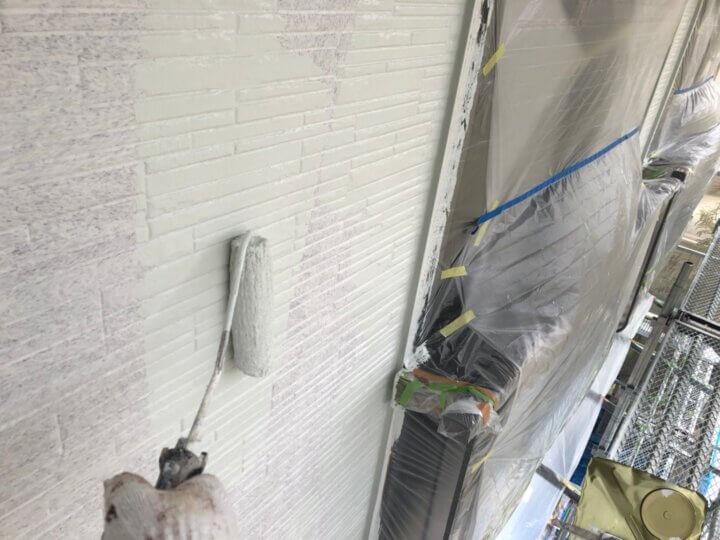 ⑮外壁上塗り一回目