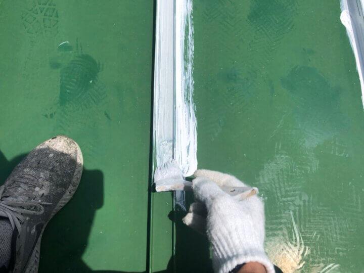 ③屋根下塗り
