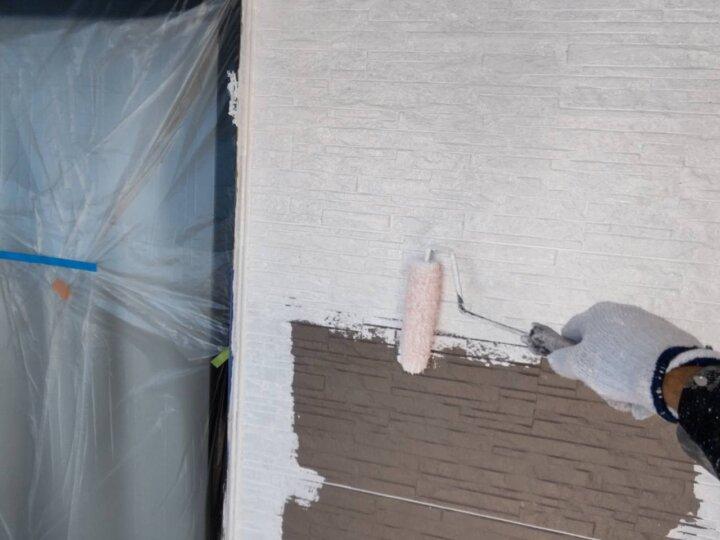 ⑭外壁下塗り