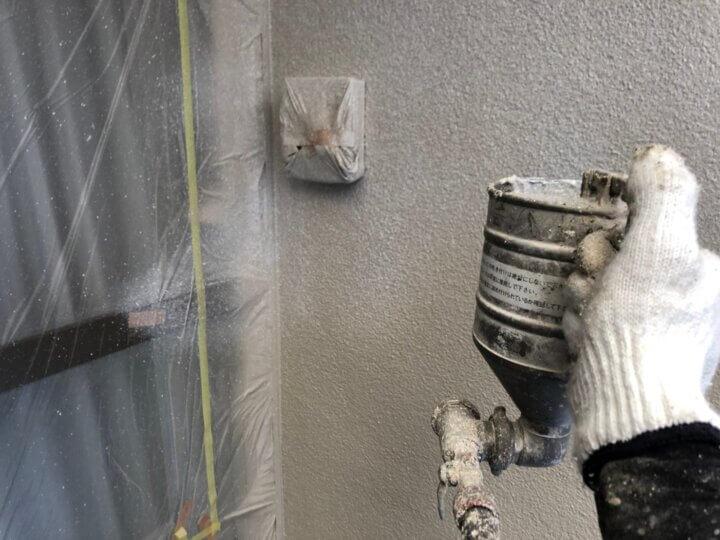⑧外壁上塗り 一回目