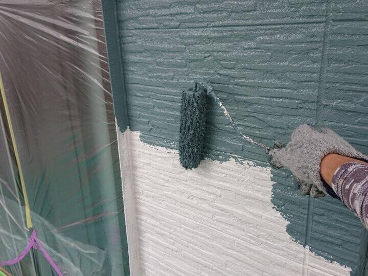 ⑮外壁上塗り 一回目(SR-426)