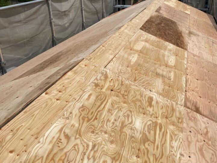 ②野地板貼り付け(屋根葺き替え工事)